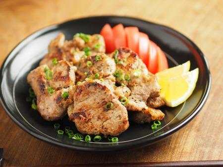 豚ひれ肉のポン酢漬けバター004