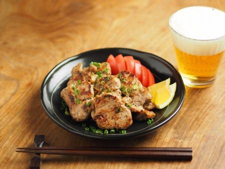 豚ひれ肉のポン酢漬けバター014