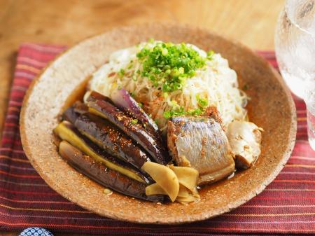 サバ缶とナスの煮魚そうめん012