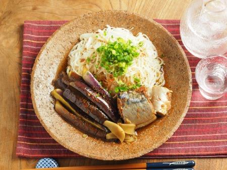サバ缶とナスの煮魚そうめん028