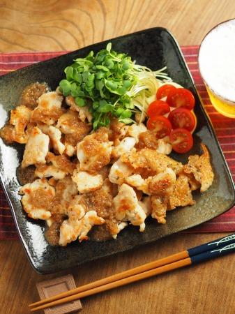 鶏むね肉のフライパン焼き玉ね020