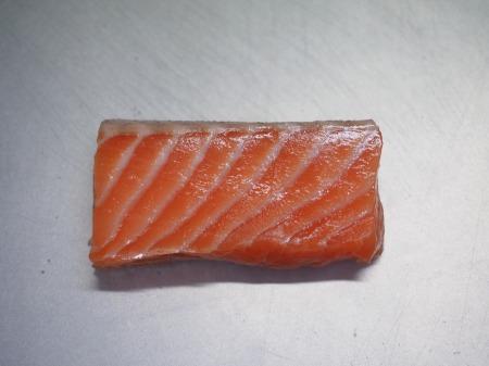 タコとサーモンのフルーツサラダ045