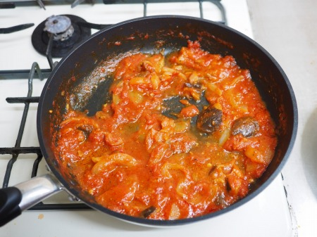 手羽元のトマトソース煮053