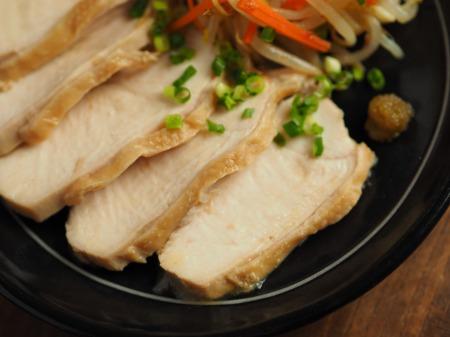 鶏むね肉のぽん酢蒸し、もや017