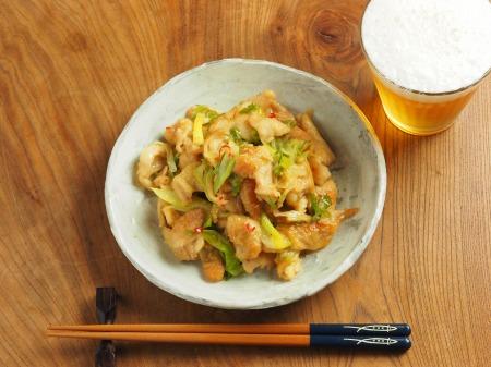 鶏皮のピリ辛味噌炒め煮016