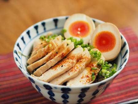 鶏むね肉のぽん酢蒸しサラダ006
