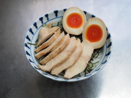鶏むね肉のぽん酢蒸しサラダ038