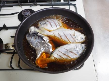 モチウオと厚揚げの煮付け047