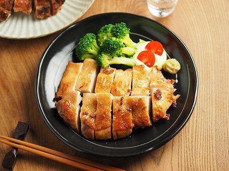 鶏むね肉のアンチョビ焼き、塩018