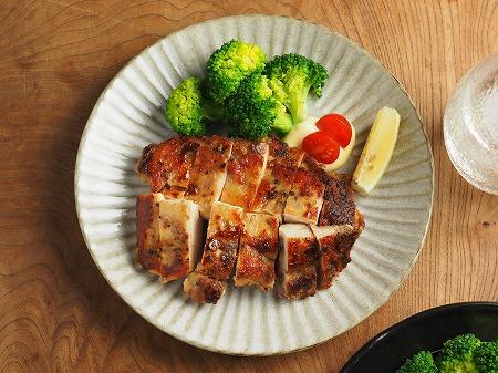 鶏むね肉のアンチョビ焼き、塩011