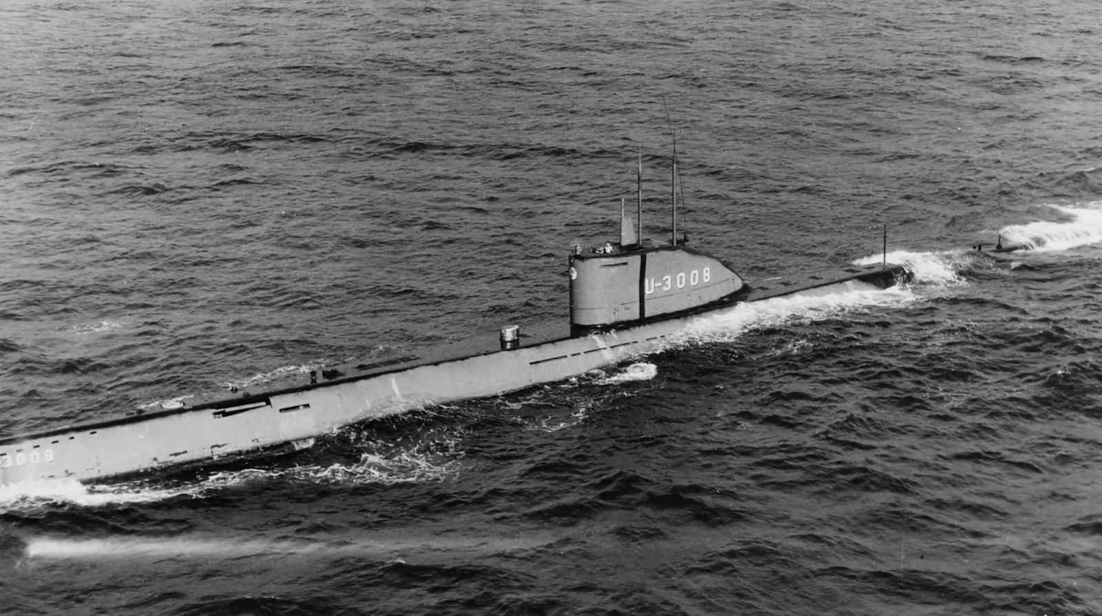 6_German_submarine.jpg