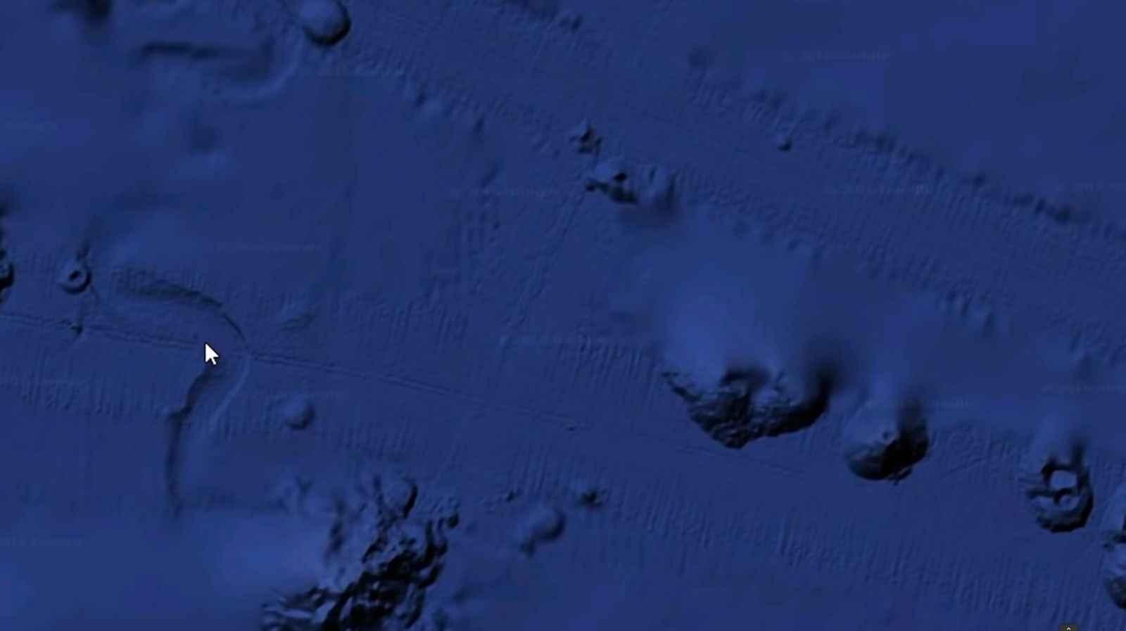 7_undersea_ET_exploration_craft.jpg