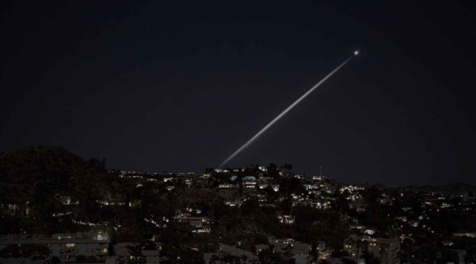 9_dot_and_beam_over_LA.jpg
