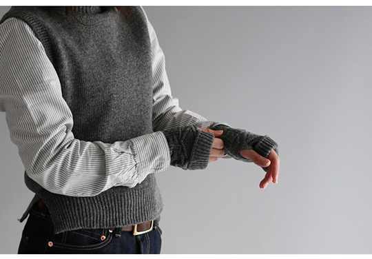 whl-grmnt-mitten-glove_sp2.jpg
