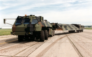 Small_ICBM_Hard_Mobile_Launcher_USAF.jpg