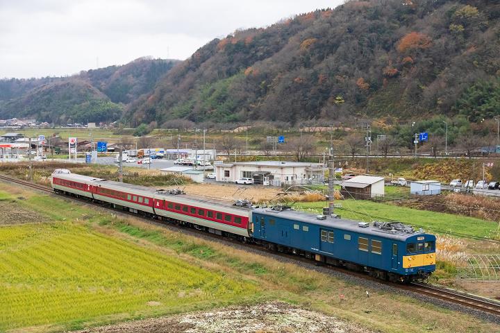 クモヤ145-1276s