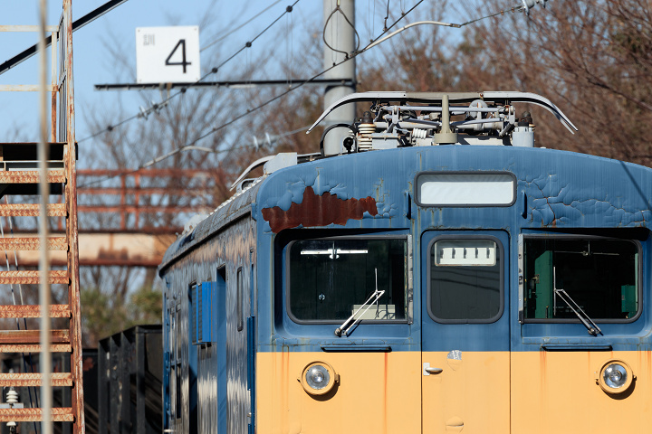 クモヤ143-415s