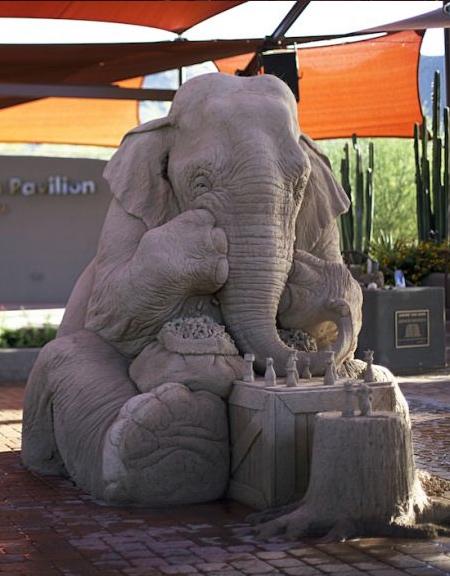 砂で作られたゾウの彫刻の画像(7枚目)