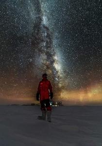 南極で食べ物を外に放置09
