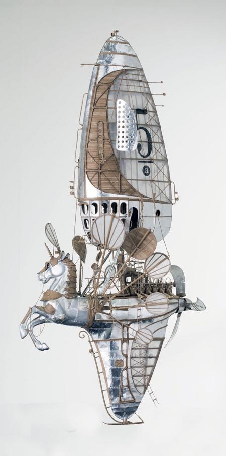 スチームパンクな飛行船の画像(2枚目)
