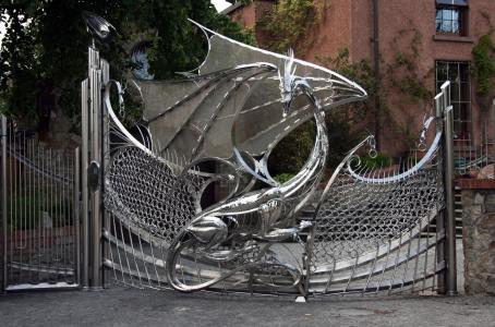 独創的でかっこいいゲート01