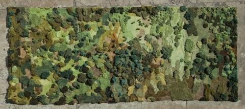 生い茂る森林を再現した絨毯12