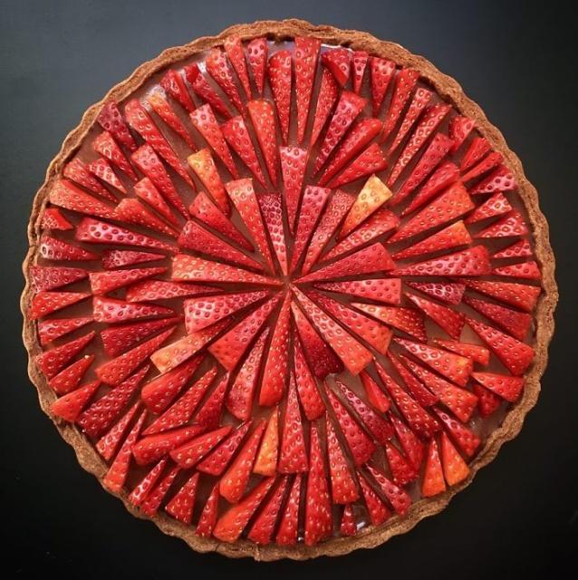 美しい色彩とパターンのケーキの画像(10枚目)