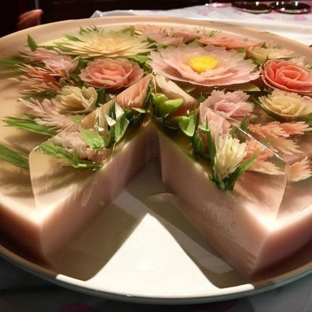 本物のお花を閉じ込めたようなケーキの画像(11枚目)