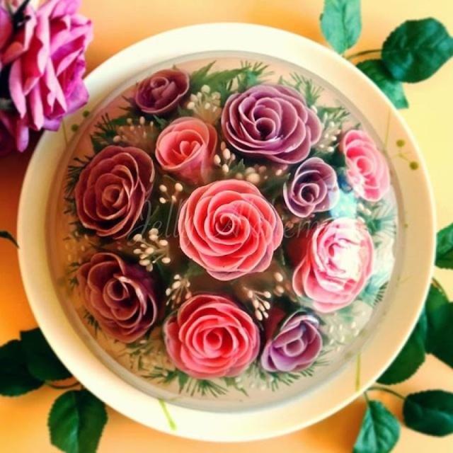 本物のお花を閉じ込めたようなケーキの画像(12枚目)