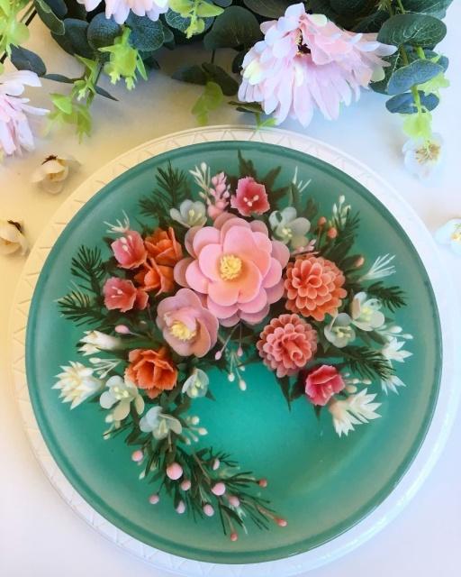 本物のお花を閉じ込めたようなケーキの画像(13枚目)