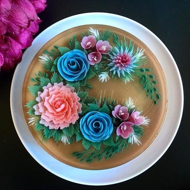 本物のお花を閉じ込めたようなケーキの画像(19枚目)