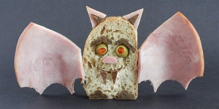 サンドイッチで作ったモンスターの画像(1枚目)