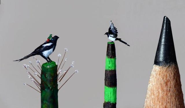 小さ過ぎる鳥の彫刻の画像(9枚目)