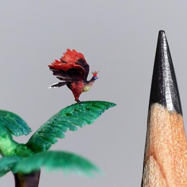 小さ過ぎる鳥の彫刻の画像(14枚目)