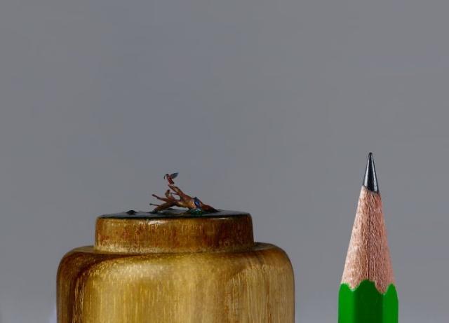 小さ過ぎる鳥の彫刻の画像(5枚目)