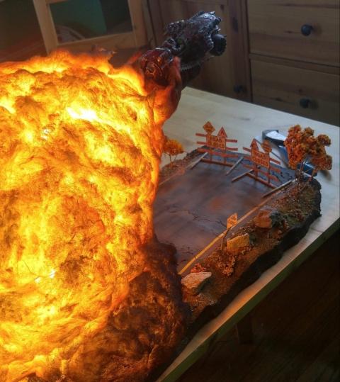 爆風がリアル過ぎるジオラマ模型02