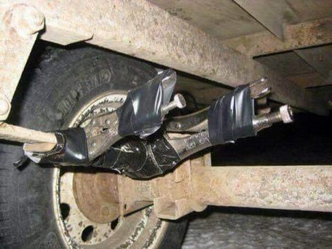 凄まじい方法で修理されている自動車10