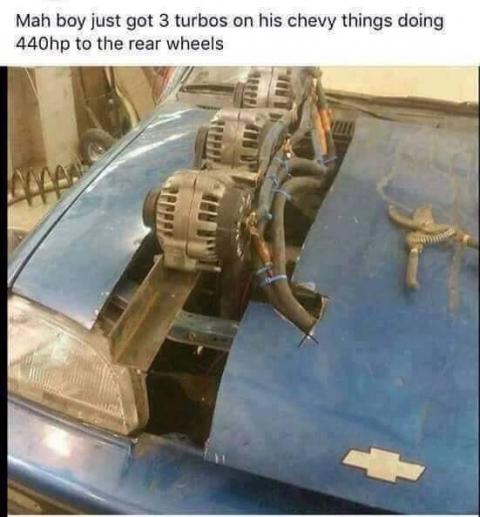 凄まじい方法で修理されている自動車12