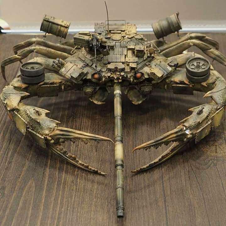 未来の戦争の主力となるであろうカニ型の戦闘兵器…