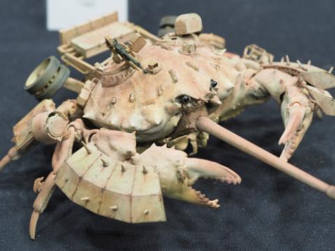 カニ型の戦闘兵器06
