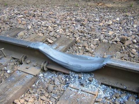 電車がバーンアウトした結果01