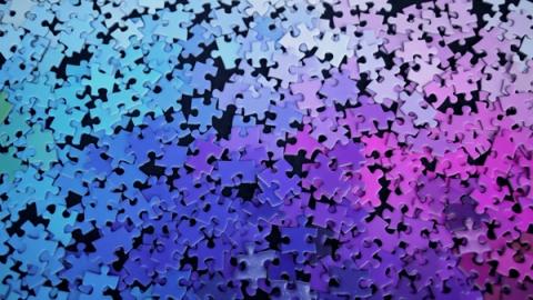 1000色を使ったジグソーパズル03
