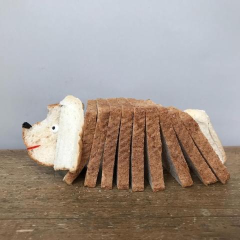 パンで作った可愛いキャラクター00