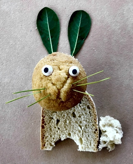 パンで作った可愛いキャラクター07