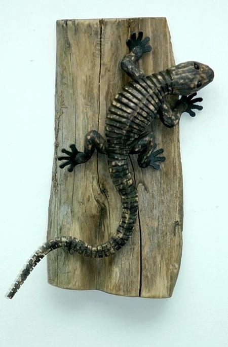 木製のクネクネ動く動物08