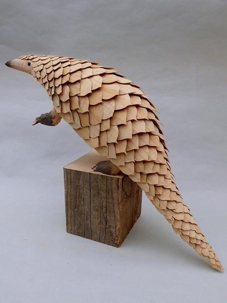 木製のクネクネ動く動物10