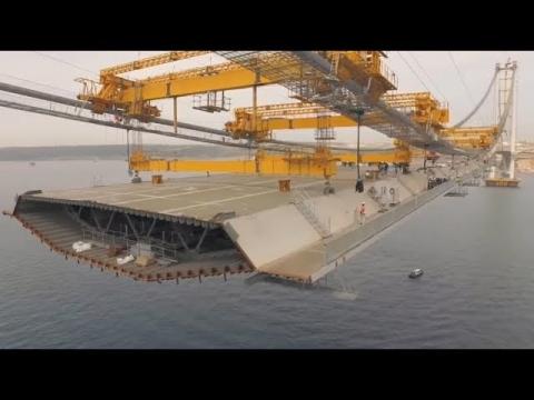 海上に超巨大な橋をかける01