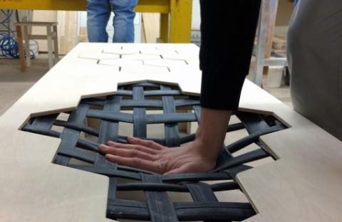 柔らかい木製のベンチ05
