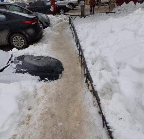 ロシアの駐車場の恐ろしさ01