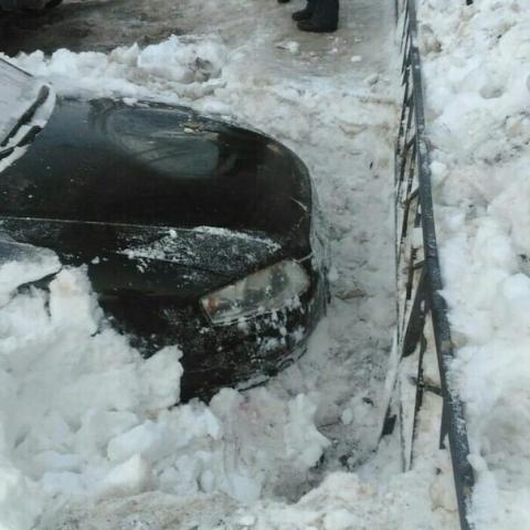 ロシアの駐車場の恐ろしさ02